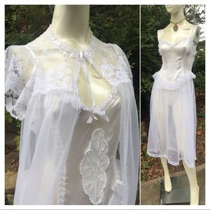 Vintage Lace nightgown & Babydoll Lace Robe
